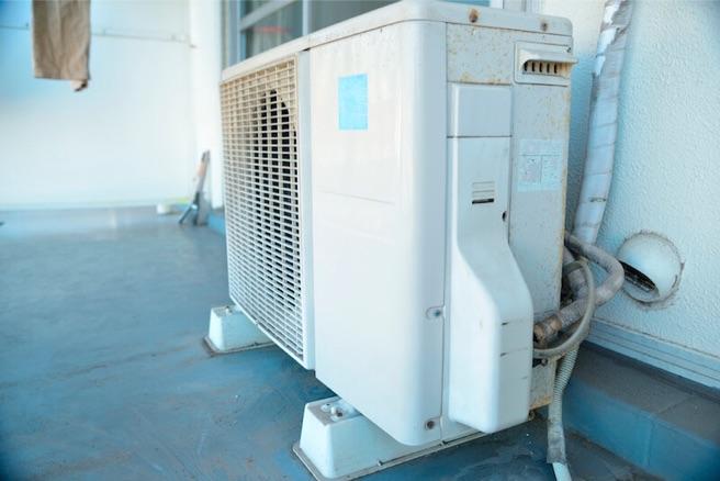 掃除 エアコン の 室外 機 室外機汚れは放置したらダメ!掃除した方が良い理由と掃除方法